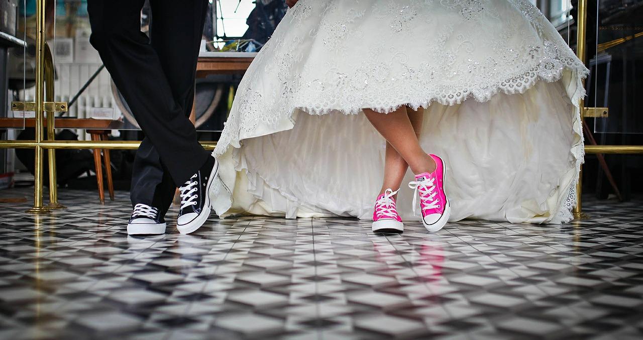 A w czym do ślubu? - Slodkave doradzi w wyborze kreacji na miarę waszego przyjęcia.