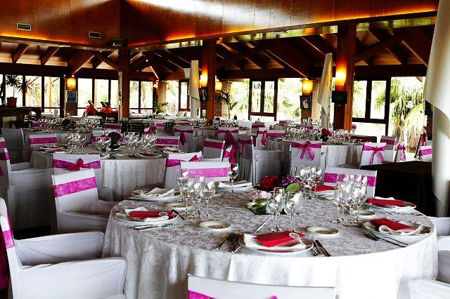 Jeśli restauracja dysponuje dużą salą to dobre miejsce na organizację wesela.