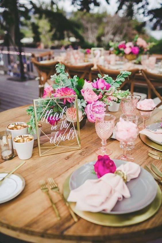 dekoracja stołu na wesele, dekoracja weselna, zastawa stołowa